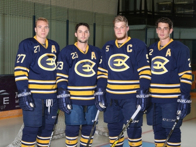 UWEC MENS HOCKEY 18-19